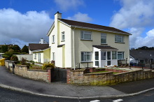£375,000 - 5 Bedroom Detached House For Sale in Launceston area – click for details