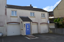 £130,000 - 2 Bedroom First Floor Apartment For Sale in Launceston area – click for details